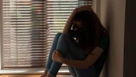 Dívka (14) z Písku poslala po Facebooku hanbaté fotky mladíkovi. On ji pak vydíral