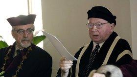 Zemřel profesor Petráň (†87). Historik s medailí od Klause pracoval až do smrti