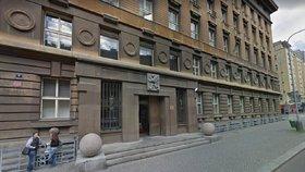 Vše na jednom místě. Obvodní soud pro Prahu 5 se sestěhuje do budovy v Hybernské ulici