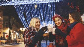 Vánoční hříchy: Jak moc přiberete po svařáku, trdelníku nebo klobáse?