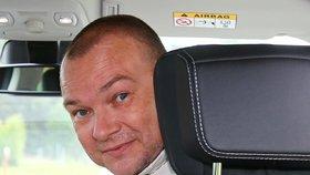 Pohřeb moderátora Autosalonu Martina Smolíka (†46) nebude veřejný. Rodina rozhodla