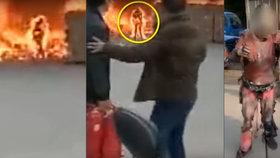 Video jen pro otrlé: Muž běžel do hořící továrny, aby před plameny zachránil mobil!