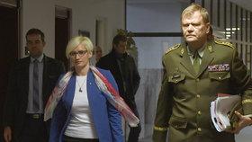 Vidím chyby armády, ale kritiku laiků neberu, tvrdí šéf generálního štábu Bečvář