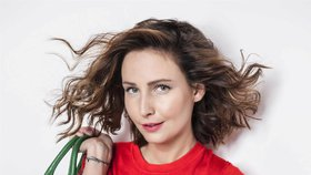 Krásná herečka Veronika Arichteva: Chlubí se cizím peřím!