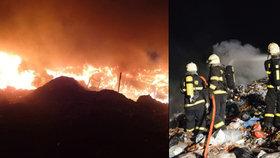 V Markvarticích hořely odpadky: Doutnající skládku hlídají hasiči