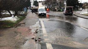 Praha trpěla na vodovodní havárie méně než loni. Více opraváře zatěžovala stoková síť