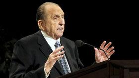 V Salt Lake City zemřel vůdce mormonů. Monson (†90) v církvi strávil 50 let