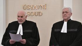 Cizincům s českou rodinou se uleví, rozhodl Ústavní soud. Změna čeká i azylanty