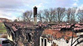 Smutné Vánoce Katčiny rodiny: Vyhořel jim dům v Rychvaldě, pomocnou ruku podalo město