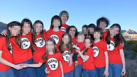 Další rána pro 13 dětí, které věznili rodiče: Úřady je rozdělí do různých rodin!