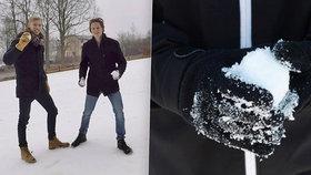 Největší koulovačka v Praze v sobotu bude! Není to fake, sníh přivezou z Krkonoš, říká Matouš s Davidem