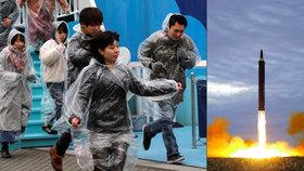 Pozor, útočí KLDR! Lidi evakuovali v Tokiu do metra a dalších krytů. Poprvé a cvičně