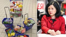 """Ošizené jídlo zmizí z českých obchodů: """"Chci pro lidi odškodné,"""" zuří Jourová"""