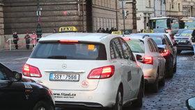 Nové protesty taxikářů v Praze mají konkrétní datum. Proběhnou v půli listopadu