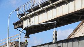 Omezení dopravy mezi Nuslemi a Vršovicemi: Způsobí ho oprava železničního mostu