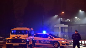 Útočník napadl trhavinou velvyslanectví USA v Černé Hoře. Pak se sám odpálil