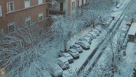 Řím pod sněhem: Děti se radují, do školy nemusí