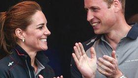 Proč William nenosí snubní prsten? Jak to bude mít Harry?