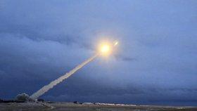 Zničte všechny rakety, vyzvali Američané Rusy. Nová střela může nést i jaderné hlavice
