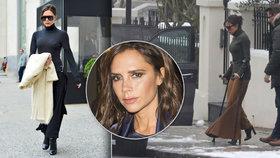 Posedlá, nebo šílená Victoria Beckham? Se zlomenou nohou na podpatcích, v mrazech bez kabátu