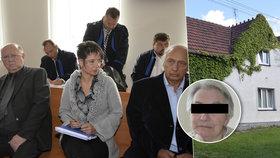 Hyenismus v domově seniorů: Ředitel obral stařenku o dům, dostal podmínku