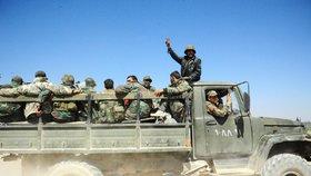 Syrští vojáci dobyli třetinu východní Ghúty. Povstalci odmítají ustoupit
