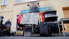 V Berlíně hořela mešita vlivných muslimů. Policie pátrá po žhářích