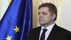 Fico nabídl demisi. Po tlaku kvůli vraždě Kuciaka však má pro Kisku podmínku