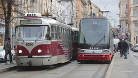 MHD pojede jinak: Změní se intervaly a trasy některých linek metra, tramvají i autobusů