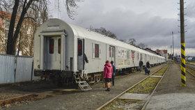 """Protidrogový vlak láká na skutečné příběhy. """"Nutí přemýšlet o životě,"""" svěřují se mladiství"""