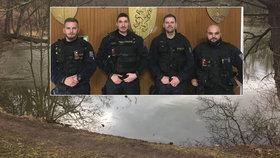 Drama v Teplicích: Policisté zachránili topícího se muže z ledového rybníka, sami se vykoupali