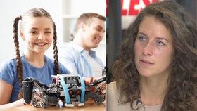 """""""Rodiče, kupte holčičkám robota!"""" Odbornice řeší, jak dostat mezi ajťáky víc žen"""