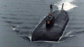 """Chtějí Rusové """"vypnout"""" Evropě internet? Putin vyslal ponorky k podmořským kabelům"""