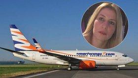 Matka dvou dětí vypadla z letadla: Je v kritickém stavu