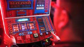 """""""Už nejsme kasinem Evropy"""". Ze 130 000 hracích automatů je jich dnes legálně 7043"""