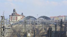 Vlaky na hlavním nádraží nabíraly zpoždění: Porouchalo se zabezpečovací zařízení