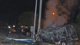 Tranzit v Turecku narazil do sloupu: 17 mrtvých a 36 zraněných migrantů