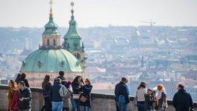 Počasí v Praze: Na konci týdne se ukáže slunce, denní teploty budou stoupat