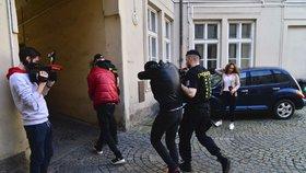 V Praze znásilnil turistku, u soudu žádal shovívavost. Marně, Alžířan si odsedí svých šest let