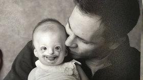 Šokující! Fotku postižené dívky použili k propagaci potratu, matka se vzbouřila
