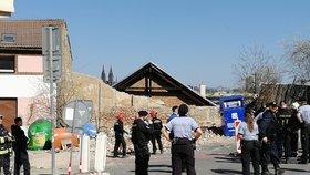 Tragédie v Radlicích u soudu: Zeď zabila člověka. Podle obžalovaných se spadlá stěna kontrolovala