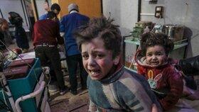 Oběti chemického útoku v syrské Dúmě čeká exhumace. Kvůli dalšímu vyšetřování