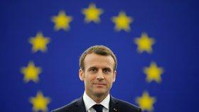"""""""Evropská unie je na pokraji občanské války."""" Macron varoval před nacionalismem"""