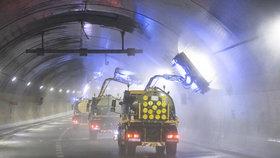 VIDEO: Takto vypadá čištění pražských tunelů: Zavřené jsou desítky nocí v roce