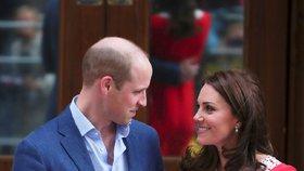 Profesionální odezíračka ze rtů řekla, co si špitali Kate s Williamem! Úsměvy byly hrané!
