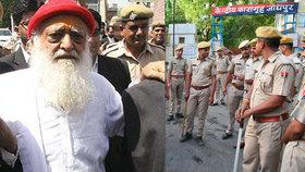 Známý guru znásilnil 16letou dívku. Davy fanatiků ho brání před policií