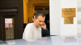 Obžaloba na exdetektiva Vokála: Lidem z podsvětí měl vynášet informace ze spisů
