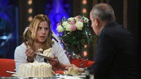 Zlatá Ester Ledecká se u Krause láduje dortem! Jaké je tajemství jejího úspěchu?