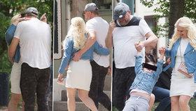 Ponižování, hádky a rozvod jen hráli? Štiková s manželem se líbali na Petříně!