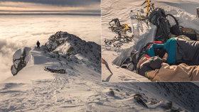 Dobrodruzi dobyli symbol Slovenska: Na vrcholku Kříváně přespali jen ve spacáku v -20 °C